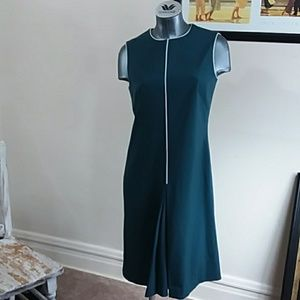 ANN KLEIN elegant green sleeveles dress size small